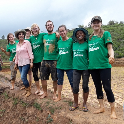 A group of Projects Abroad volunteers on one of our top rated volunteer abroad programs.